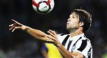 Diego med ballen mot Bayern München